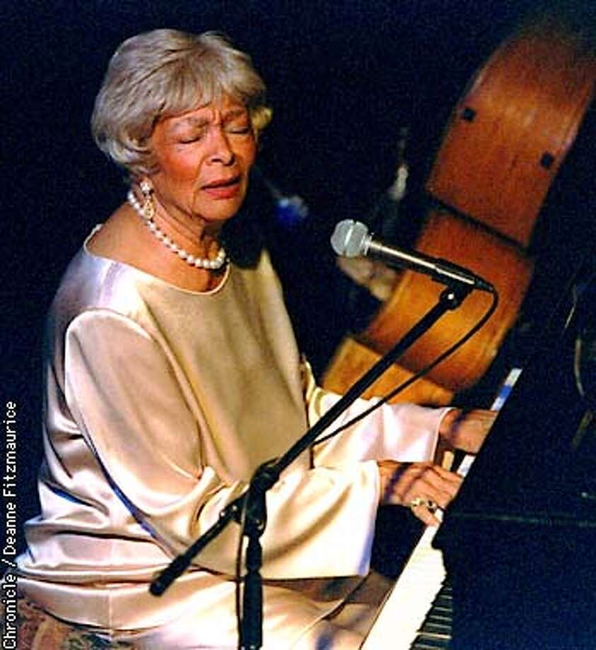 O'DAY/C/15OCT96/DD/DF  Jazz singer at Heart & Soul in San Francisco  Photo by Deanne Fitzmaurice Photo: DEANNE FITZMAURICE