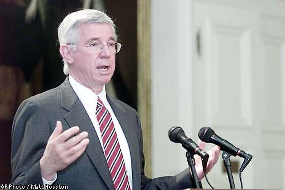 Maryland Gov. Parris Glendening announces a moratorium on all executions for the remainder of his term Thursday, May 9, 2002, at the State Capitol in Annapolis, Md. Glendening, who leaves office in January, said the moratorium should remain in place until the 2003 General Assembly reviews a study due in September on whether capital punishment is being fairly and impartially imposed in Maryland. (AP Photo/Matt Houston) Photo: MATT HOUSTON