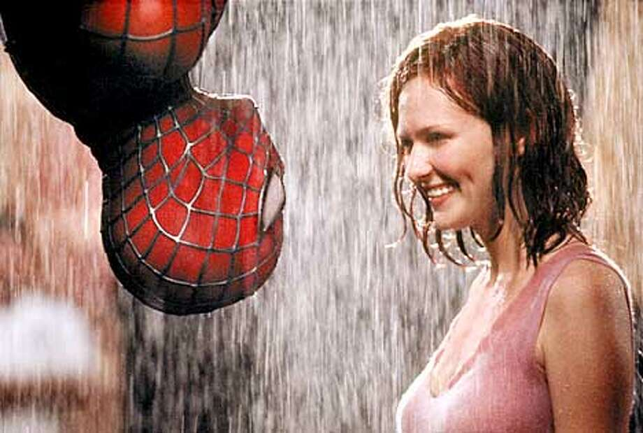 CT-9193R TOBEY MAGUIRE and KIRSTEN DUNST star in Columbia Pictures� action adventure SPIDER-MAN (rated PG-13 for stylized violence and action).  (HANDOUT PHOTO) Photo: HANDOUT