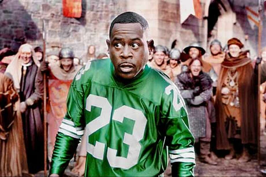 Jamal (MARTIN LAWRENCE) reacts to the unfamiliar goings-on of his strange new world: fourteenth century England.  Photo by: Nicola Goode  TM and � 2001 Twentieth Century Fox and Regency Enterprises.  Not for sale or duplication.