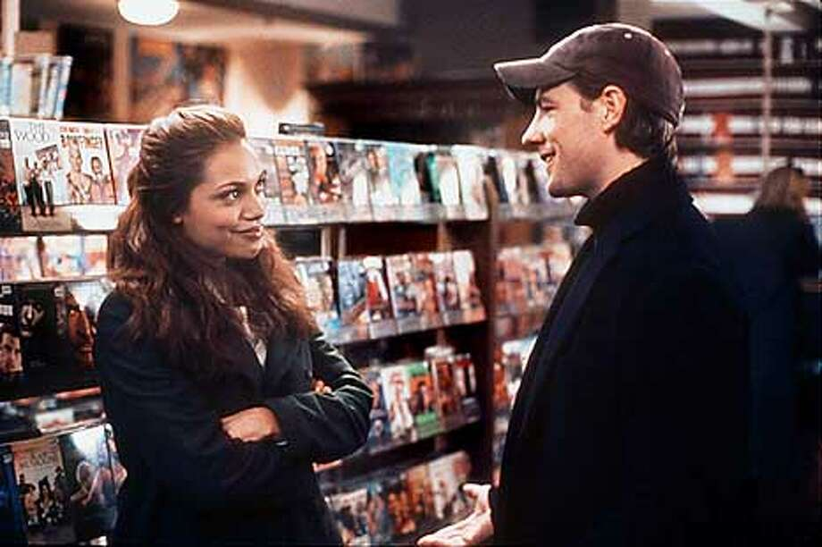 "Rosario Dawson as Maria and Edward Burns as Tommy in the Paramount film ""sidewalsk of New York."" HANDOUT."