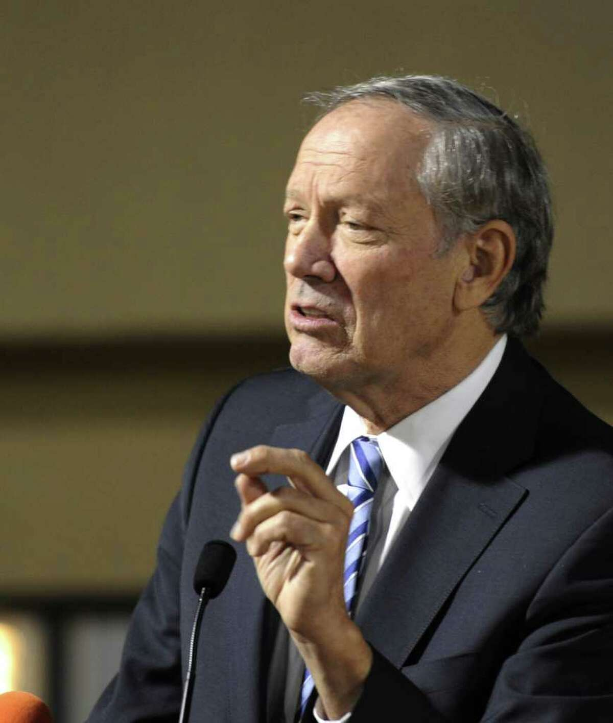 Former New York Governor George Pataki speaks at the NYS Conservative Party luncheon at the Holiday Inn in Colonie, N.Y. Jan. 30, 2012. ( Skip Dickstein/Times Union)