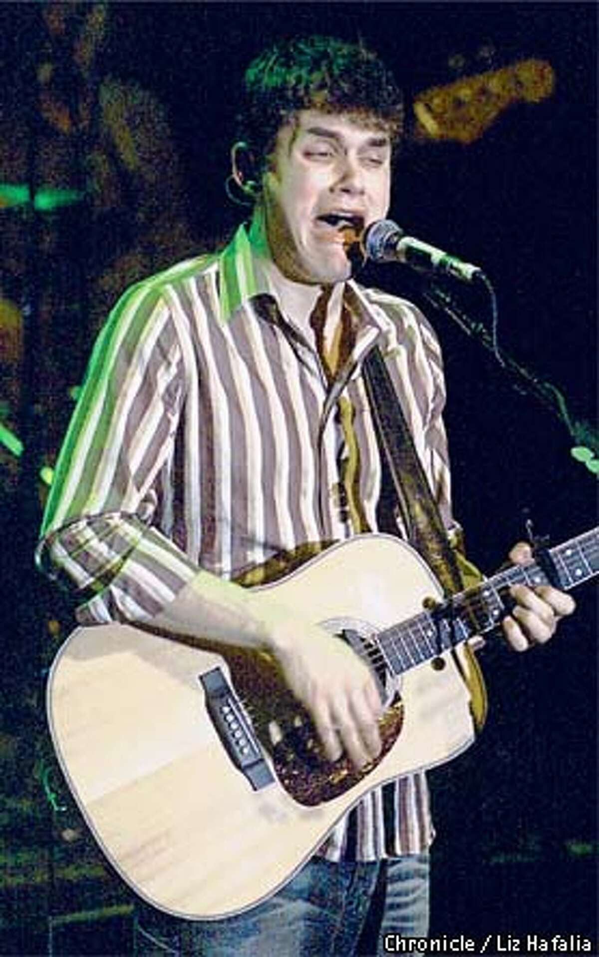 Songwriter John Mayer at the Fillmore. (PHOTOGRAPHED BY LIZ HAFALIA/THE SAN FRANCISCO CHRONICLE)