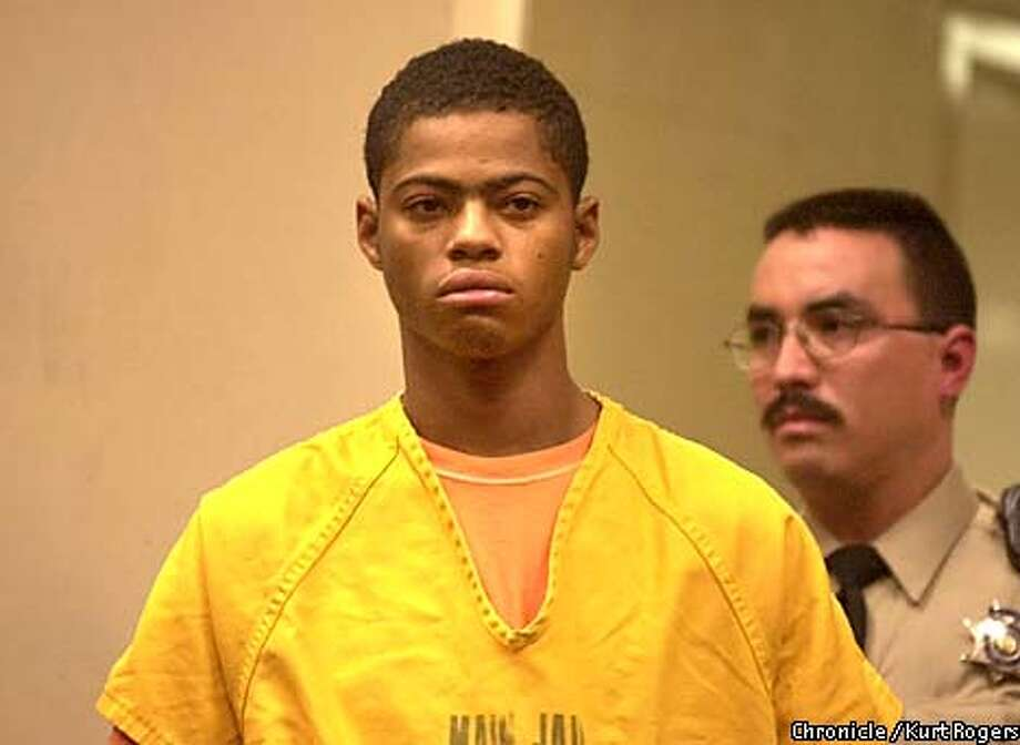 DeShawn Campbell 22 was lead into court for his arrangement in San Jose.Photo By Kurt Rogers Photo: Kurt Rogers