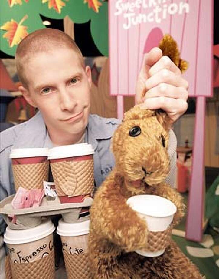 Seth Green (L) and Greg (R) in GREG THE BUNNY premiering Wednesday, March 27 (9:30-10:00 PM ET/PT) on FOX. Copyright: 2002/FO  (HANDOUT PHOTO) Photo: HANDOUT