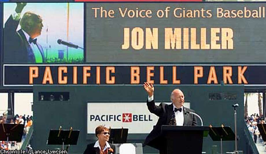 Giants Play by Play announcer Jon Miller speaks to the Pac-Bell park crowd during opening day ceremonies. By Lance Iversen/San Francisco Chronicle Photo: LANCE IVERSEN