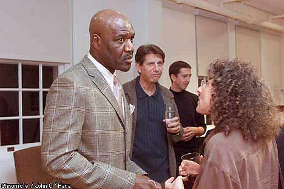 Creative Coalition Meeting, Presido, San Francisco,CA  Delroy Lindo and Ami Zins , Film commissioner of Oakland talk about runaways. Peter Coyote and Ron Regan in background.  Photo/John O'Hara Photo: John O'Hara