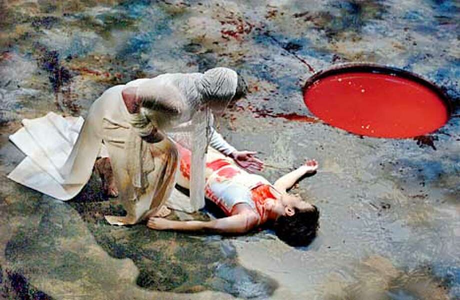 who killed lady macbeth
