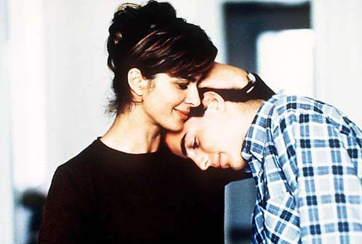SON01-C-26FEB02-C-DD-HO -- The son's room, Laura Morante and Giuseppe Sanfelice.