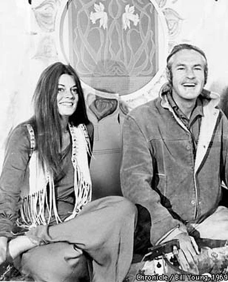 WOODRUFF-B-23MAY69-MN-HO  TIMOTHY LEARY AND ROSEMARY, HIS WIFE.  PHOTO BY BILL YOUNG/THE CHRONICLE