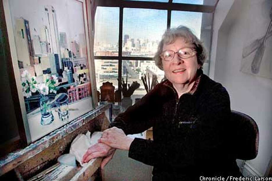 : Artist Glenna Putt of SF will have her new drawings and paintings, including SF cityscapes displayed at Krevsky Gallery in Feb of 2002. Chronicle photo by Frederic Larson Photo: FREDERIC LARSON
