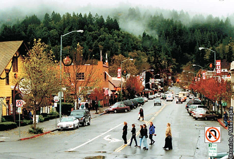 Looking up Calistoga's Lincoln Avenue. Chronicle photo by Mike Kepka