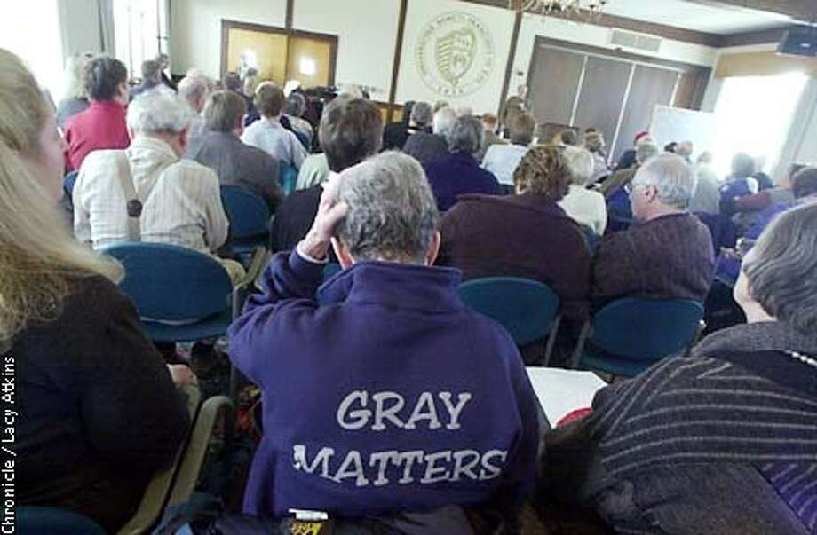 "Mary Swope wears the Fromm Institute motto ""Gray Matters"" on her sweatshirt as she attends with others over fifty years old, the Magic of Opera, class, Thursday Jan.24, at USF.  CHRONICLE PHOTOGRAPHER/ LACY ATKINS Photo: Lacy Atkins"
