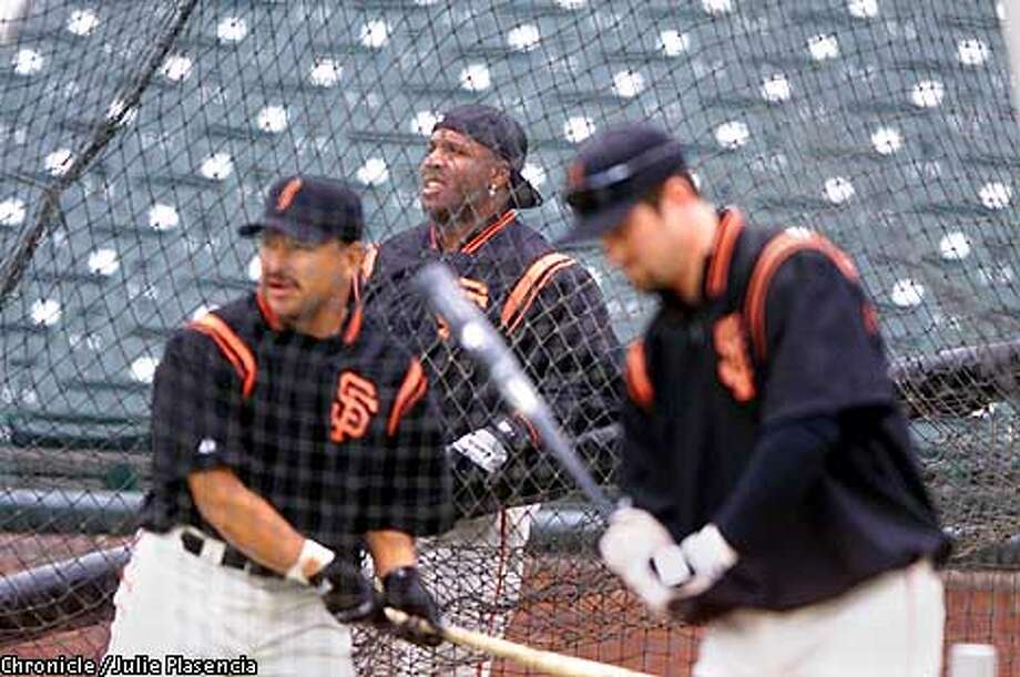 Barry Bonds waits for his turn in the batting cage during a batting practice for the San Francisco Giants at Pacific Bell Park in San Francisco.  (JULIE PLASENCIA/THE CHRONICLE) Photo: JULIE PLASENCIA