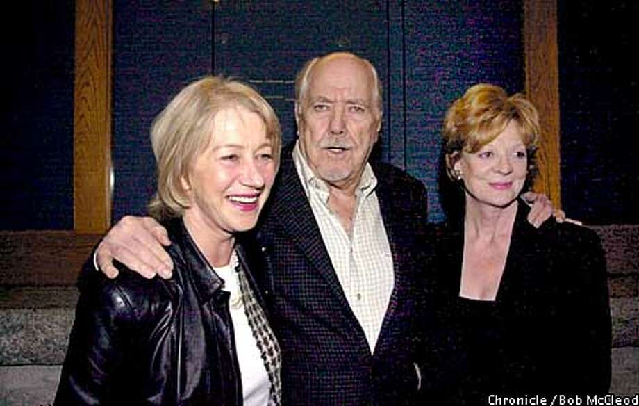 special screening of Gosford Park. Hellen Mirren , Robert Altman, and Maggie Smith wander in from Potrero st.  chronicle photo by Bob McLeod Photo: BOB MCLEOD