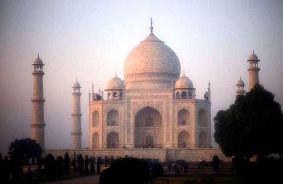 India - Agra - Taj Majal  Photodisk, World Landmarks and Travel  Ingo Jezierski