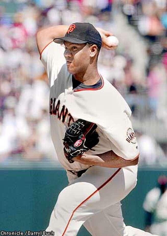 Giants pitcher Livan hernandez throws a pitch in the 5th inning vs. Colorado at SF. Chronicle Photoby Darryl Bush Photo: Darryl Bush