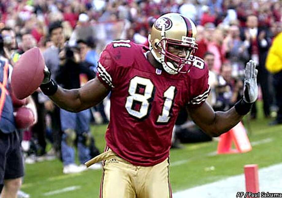 At the age of 27 and with five years of NFL ewxperience, Terrell Owens rates as something of an elder statesman with the 49ers. Photo by Paul Sakuma