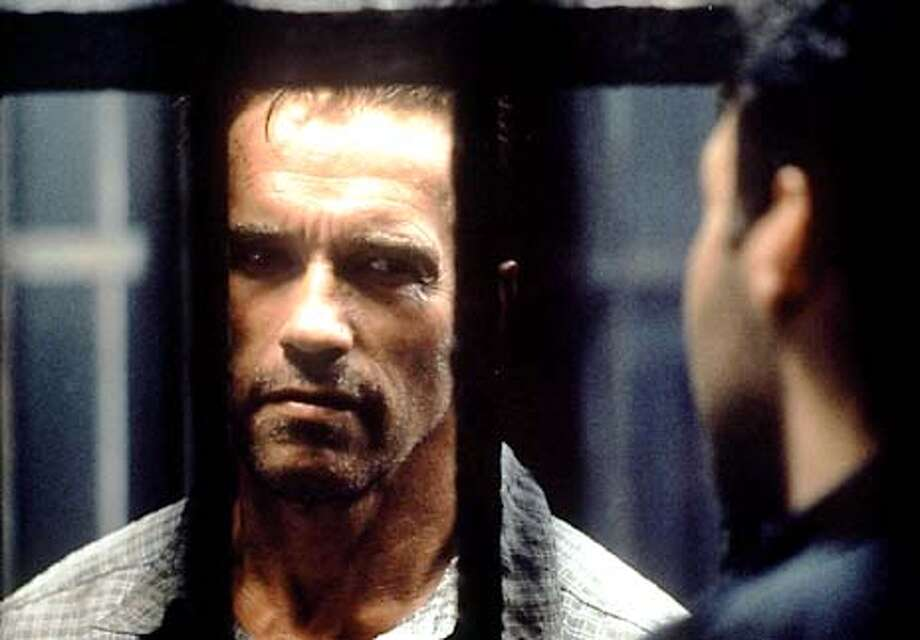 Arnold Schwarzenegger in COLLATERAL DAMAGE Photo: HANDOUT