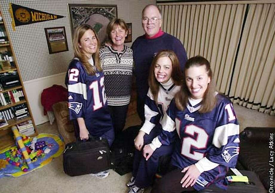 The Brady family Julie, Galynn, Tom, Nancy and Maureen, are packed and ready to see travel to New England to watch their son Tom Brady the Patriots quarterback play the Raiders.  CHRONICLE PHOTOGRAPHER/ LACY ATKINS Photo: Lacy Atkins
