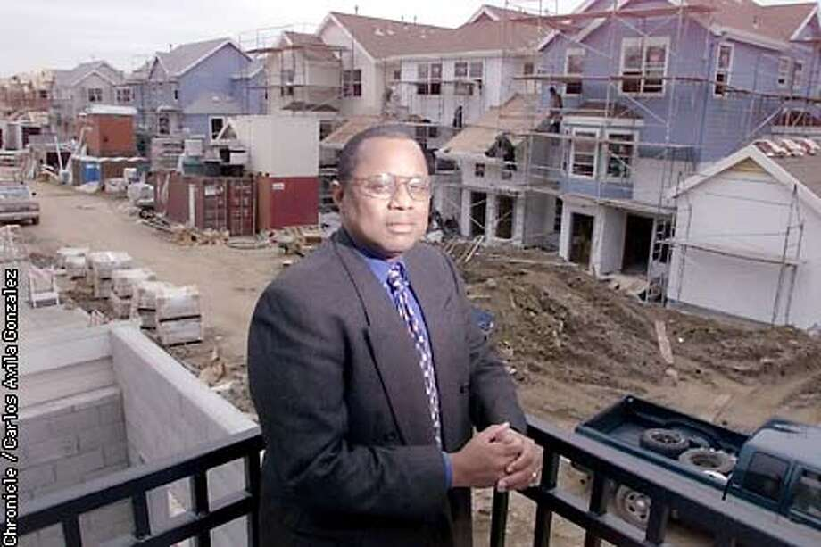 San Francisco Housing Authority director, Ronnie Davis, has been indicted by a grand jury in Ohio on charges stemming from his time with the Cleveland Housing Authority. He is pictured here at the Bernal Height Housing project in San Francisco, Ca,. which is undergoing reconstruction. (CARLOS AVILA GONZALEZ/SAN FRANCISCO CHRONICLE) Photo: CARLOS AVILA GONZALEZ