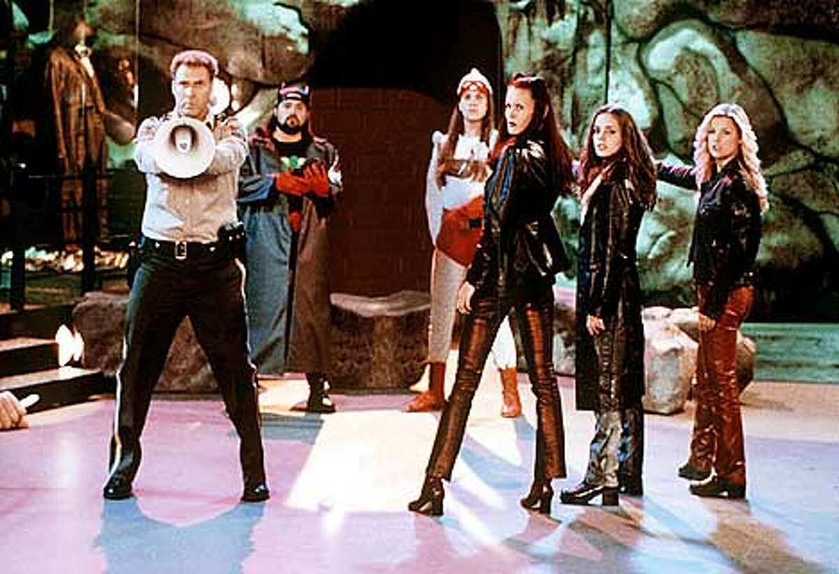 Will Farrell, Kevin Smith, Jason Mewes, Jennifer Schwalbach, Eliza Dukshu and Ali Larter in Kevin Smith's Jay and Silent Bob Strike Back.