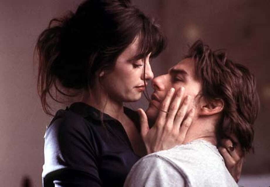 Here's a scene showing Tom Cruise and Penelope Cruz from the 2001 flick 'Vanilla Sky,' a film about a womanizer who faces the consequences when a jilted lover drives them both into a tree, leaving him disfigured. Photo: HO