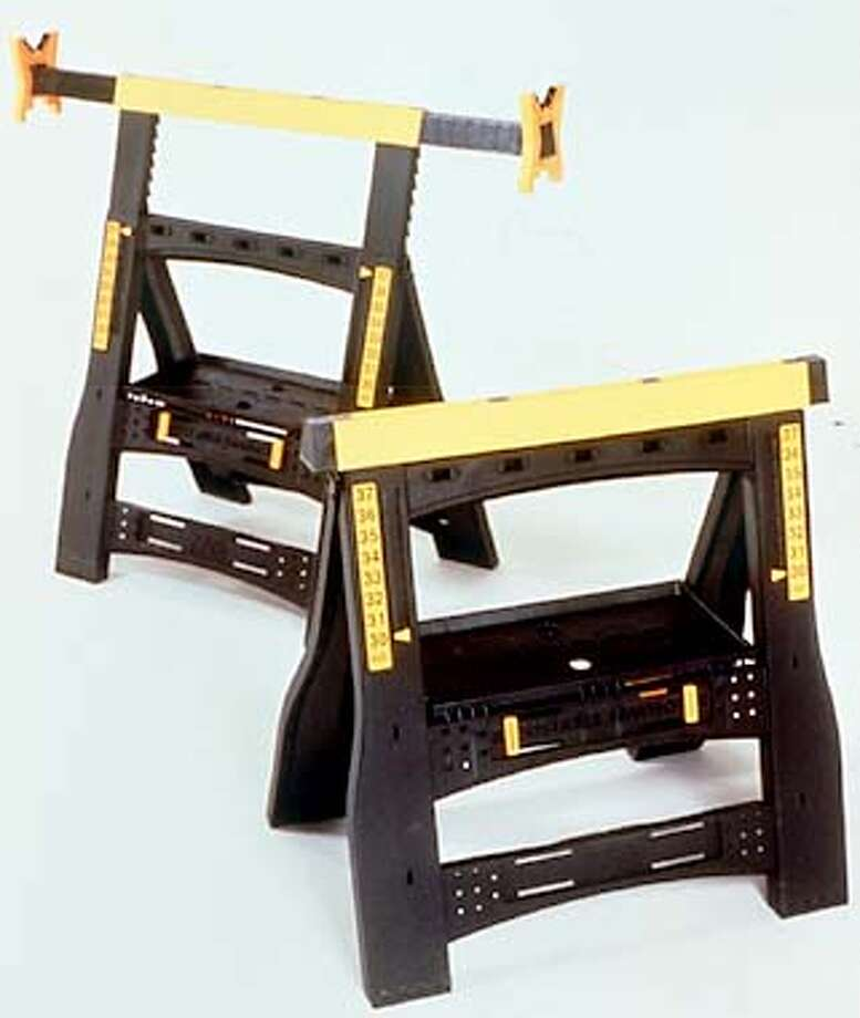 COOLTOOLSD-C-08AUG01-HM-HO  ZAG 2 WAY ADJUSTABLE SAWHORSE