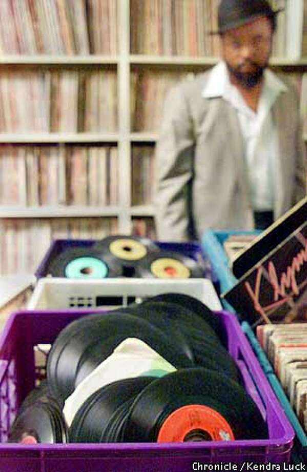 In Ed Harris' Funky Soul Stop there are bins of 45 to search thru. The tiny downtown Oakland shop specializes in hard to find records, especially soul, funk and R&B. (KENDRA LUCK/SAN FRANCISCO CHRONICLE) Photo: KENDRA LUCK