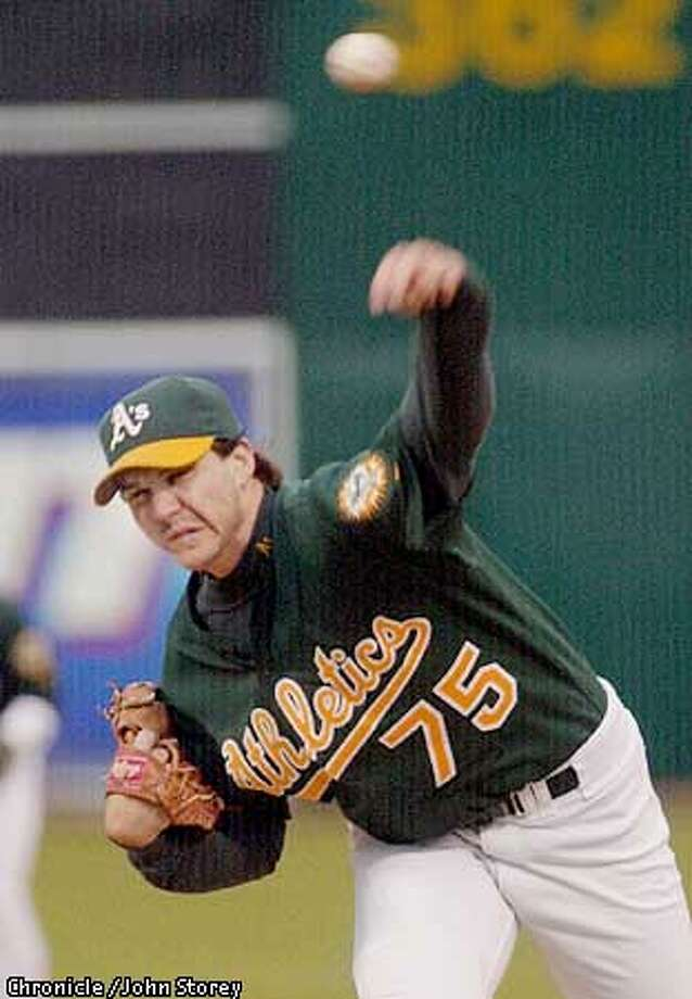 ASINDIANS-C-20AUG01-SP-JRS-The A's vs the Indians at the Oakland Coliseum.Barry Zito of the A's pitches against the Indians. Chronicle photo by John Storey. Photo: John Storey