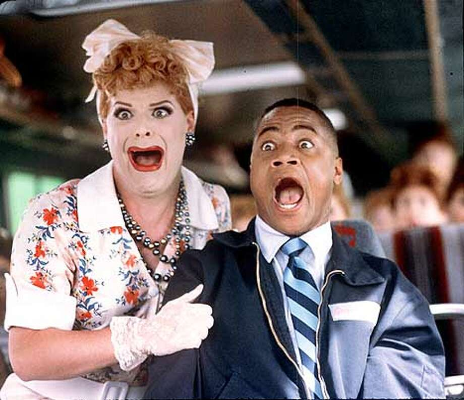 """RAT17-C-15AUG01-DD-HO Cuba Gooding Jr. as Owen Templeton in Paramount Pictures' """"Rat Race."""" Directed by Jerry Zucker. Photo: HANDOUT"""