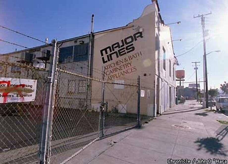 """San Francisco, CA.  """"Major Lines"""", 235 Bayshore Blvd.  Site of robbery/Homocide  Photo by.........John O'Hara Photo: John O'Hara"""