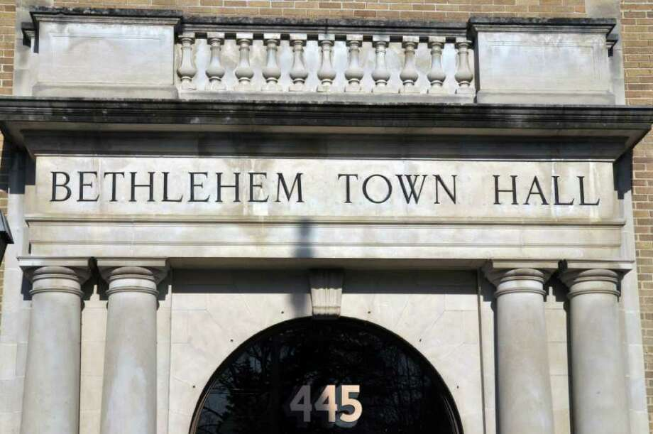Entrance to Bethlehem Town Hall Tuesday Jan. 31, 2012.  (John Carl D'Annibale / Times Union) Photo: John Carl D'Annibale
