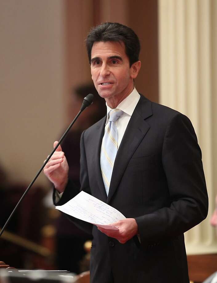 State Sen. Mark Leno, D-San Francisco, Photo: Rich Pedroncelli, Associated Press