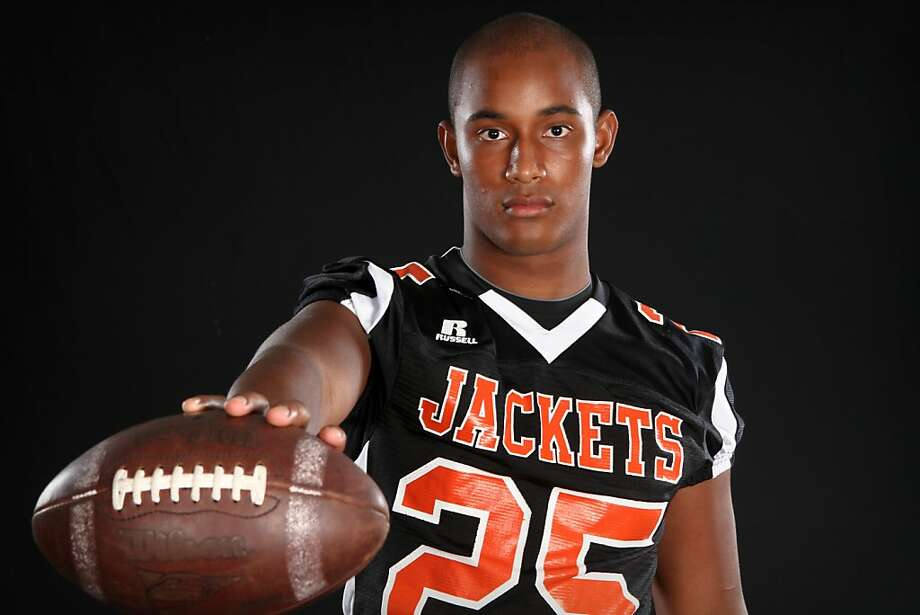 Noor Davis of Leesburg High School poses for a portrait during Varsity Media Day at the Orlando Sentinel on Saturday, August 20, 2011. (Joshua C. Cruey, Orlando Sentinel) Photo: Joshua C. Cruey, Orlando Sentinel