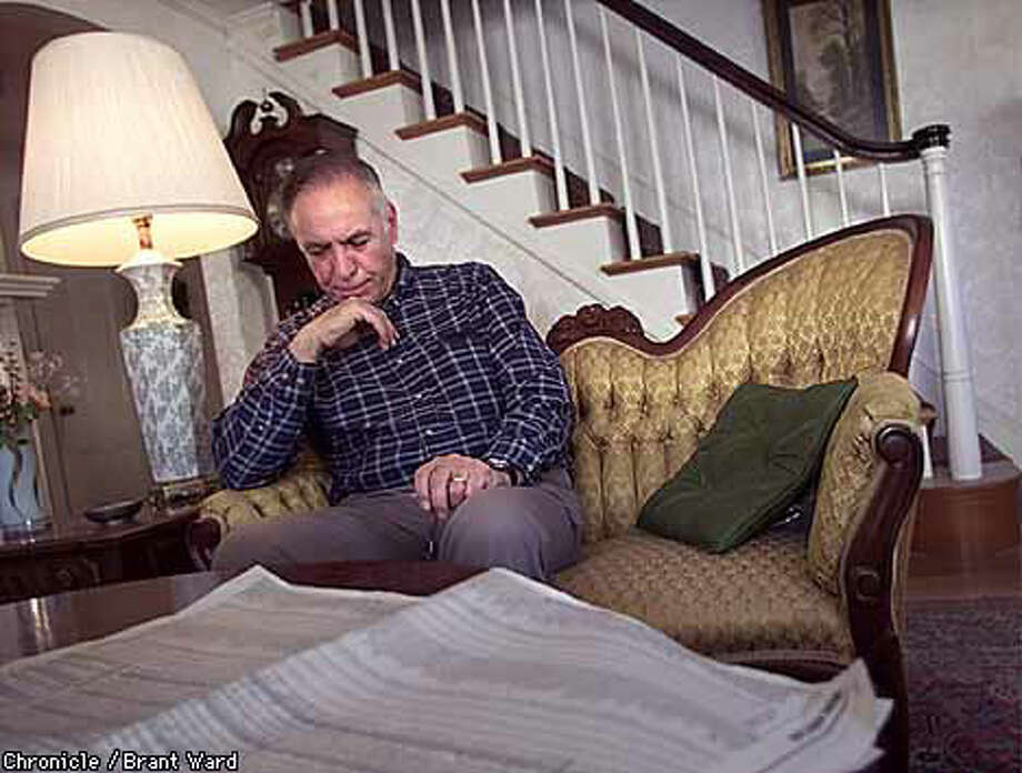 Jim Varano, sitting in his mother's home in Quincy, Mass., lost thousandsof dollars when he invested in Valence Technology's idea for lithium polymerbatteries, which shorted out and exploded more often than they worked, according to former employees Chronicle Photo by Brant Ward