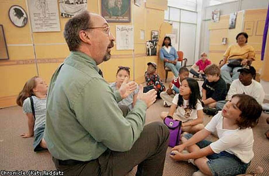 EBHAYWARDa-C-07JUN01-EF-RAD  Photo by Katy Raddatz--the Chronicle  Hayward Area Historical Society has a cool little museum and a professional director named Jim DeMersman (Jim is shown giving a third grade class a lesson in history and women's suffrage). Photo: KATY RADDATZ