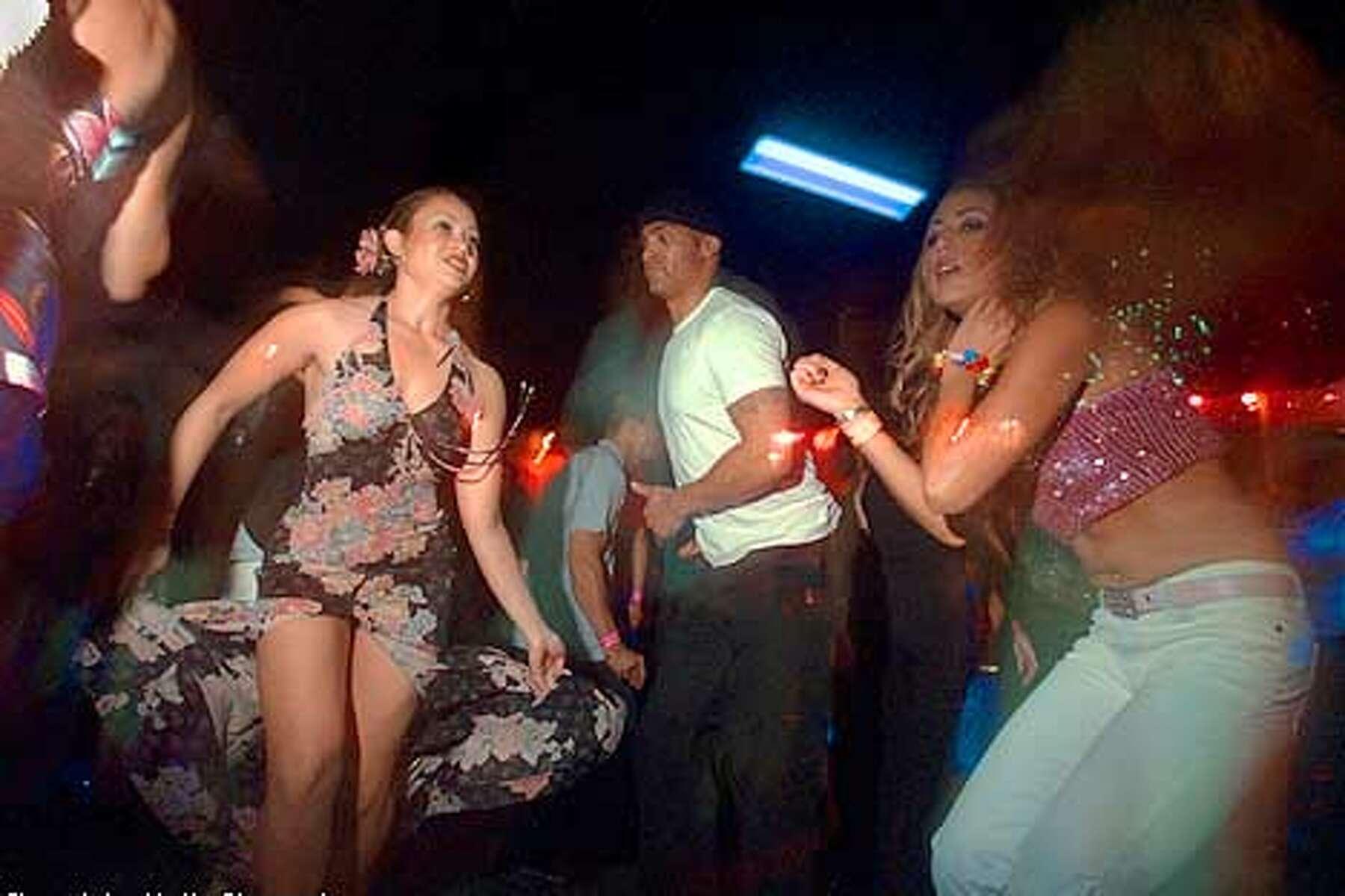 Swinger nude club beach Rooftop Resort