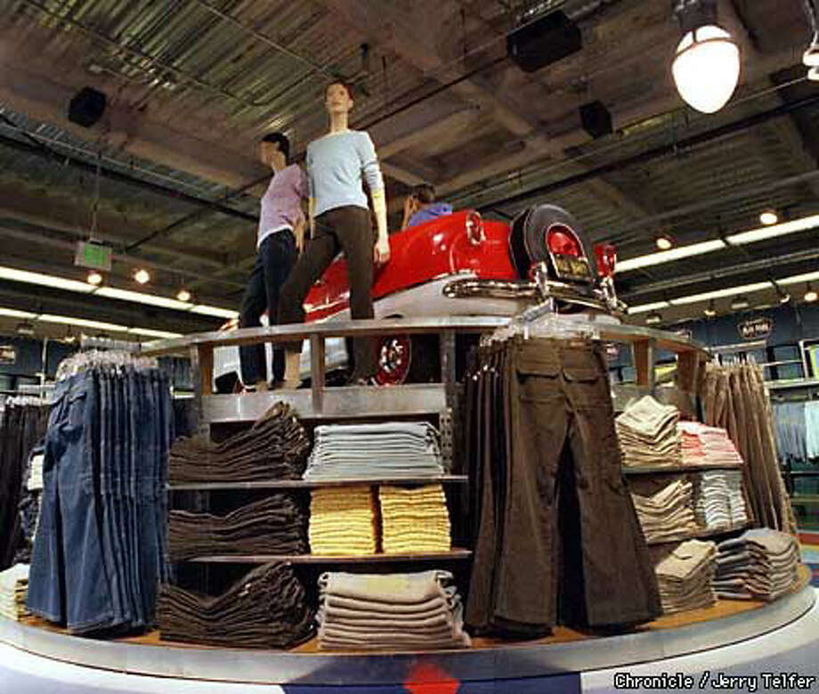Old Navy S Ship Has Come In New Flagship Store On Market