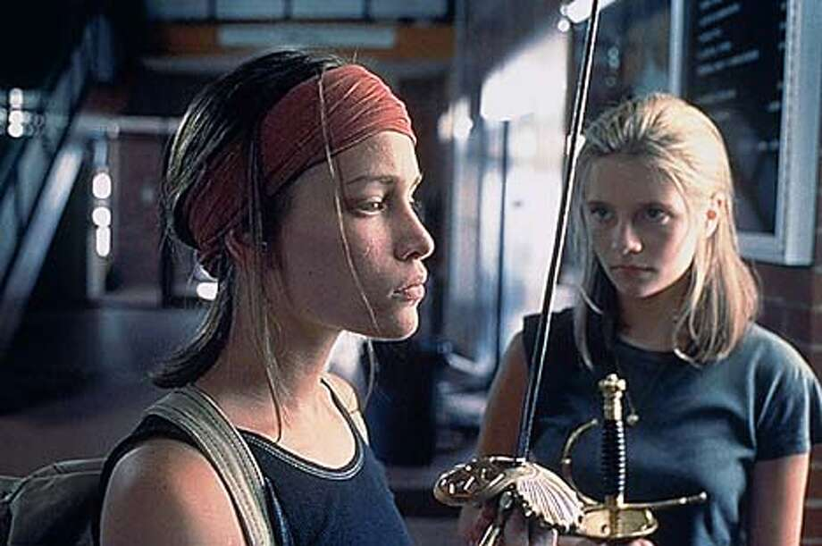 "Piper Perabo and Mischa Barton in ""Lost and Delirious"": Forbidden love and the sting of growing up different"