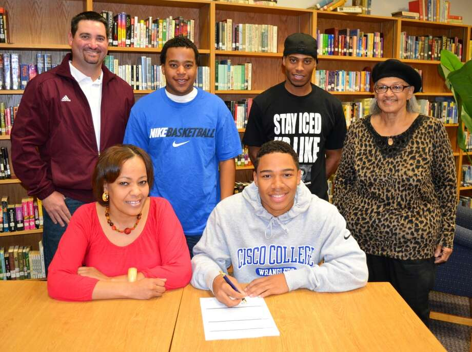 Waller High School athlete Jyrin Broussard will play football at Cisco Junior College.