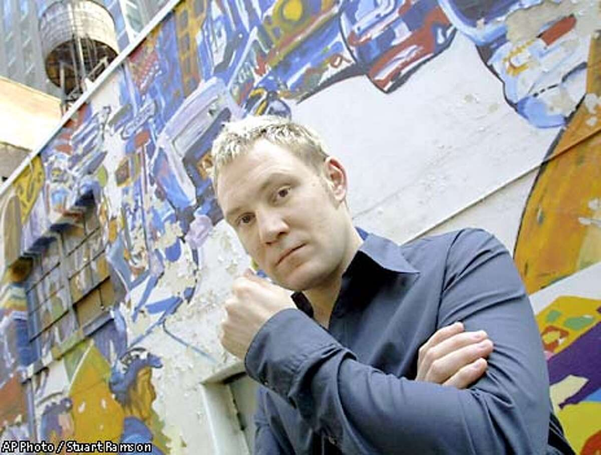 SPECIAL FOR THE SAN FRANCISCO CHRONICLE -- Irish singer-songwriter, David Gray, pictured in New York today, May 2, 2001 (AP Photo/Stuart Ramson)