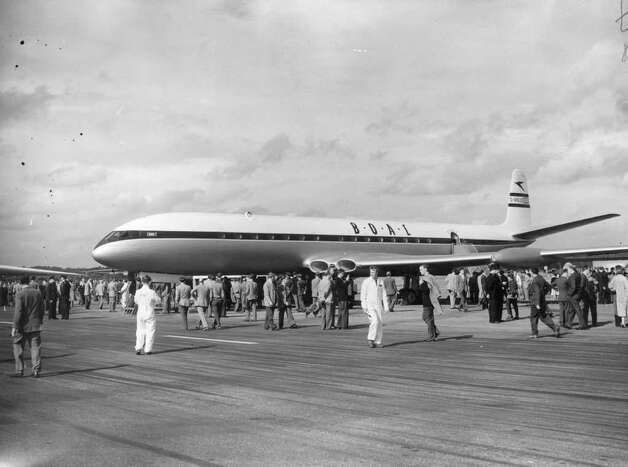 BOAC (British Overseas Airways Corporation) was on top of the airline world with its de Havilland Comet in the 1950s. But a fatal design flaw led to Comets blowing apart in the air. BOAC and British European Airways merged to form British Airways in 1974. Photo: J. A. Hampton, Getty Images / Hulton Archive