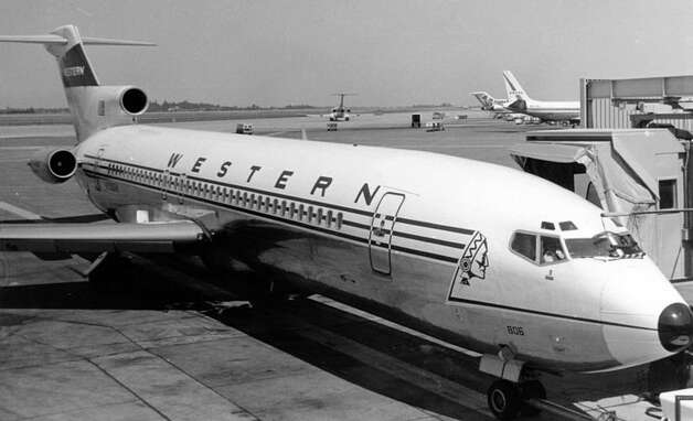 On the other coast, there was Western Airlines. It merged with Delta Air Lines in 1987. Here's a Western Boeing 727. Photo source Photo: Piergiuliano Chesi