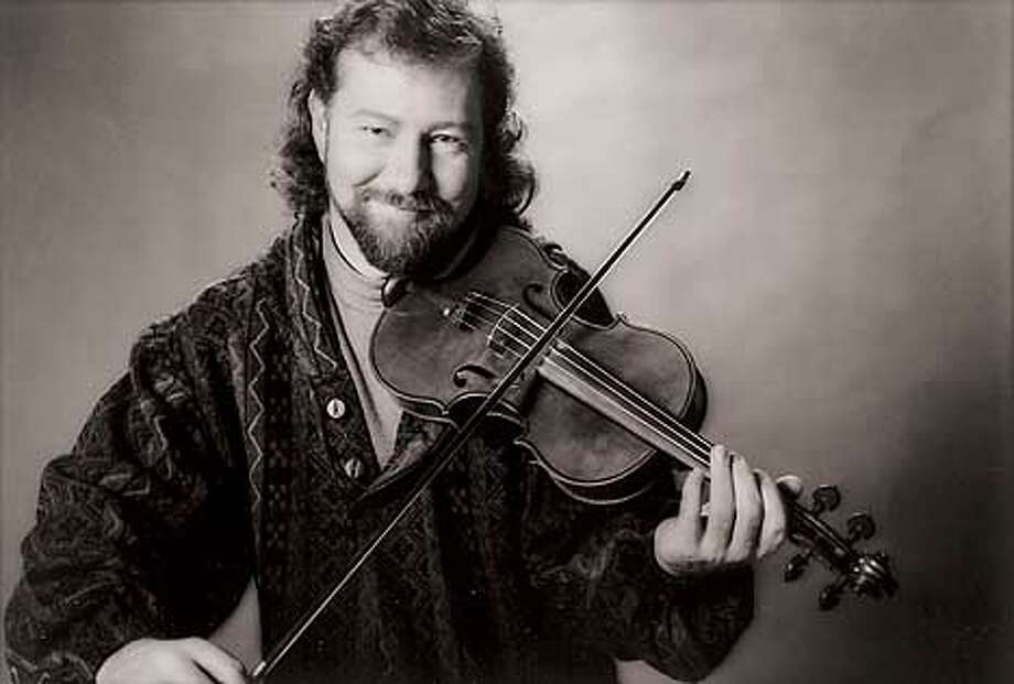 Alasdair Fraser will lead the stirring sound of the San Francisco Scottish Fiddlers into Fremont.