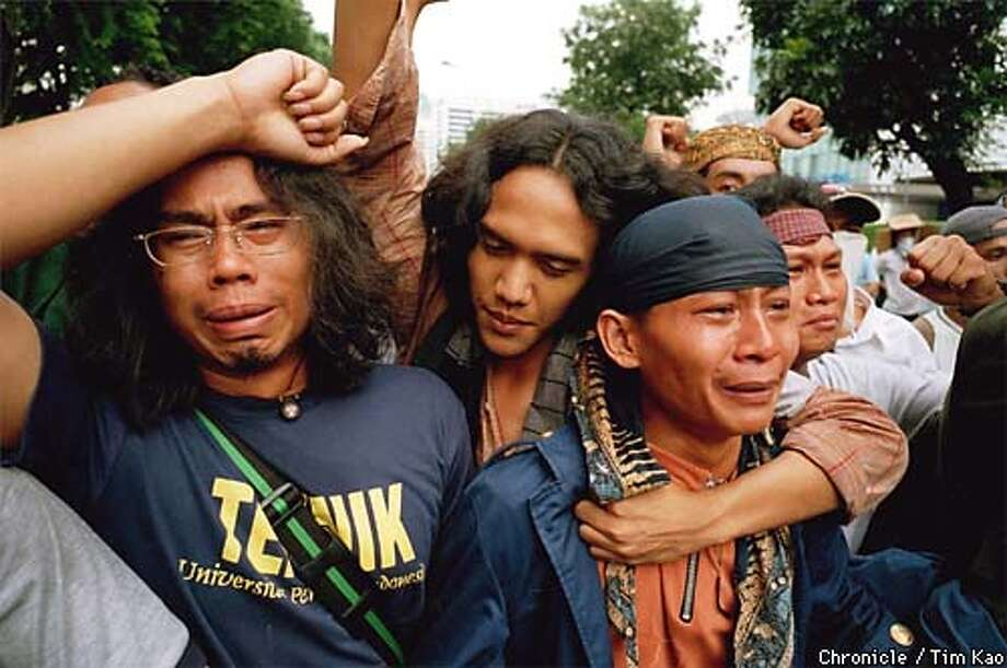 Semanggi demonstration. Students near the front of the march just before the mayhem broke out. PHOTO BY TIM KAO/SPECIAL TO THE CHRONICLE Photo: TIM KAO/INSURGENT IMAGE