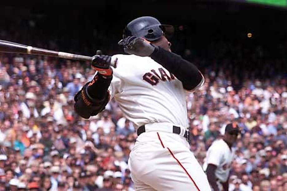 Barry Bonds home run in the eighth inning brought the Giants back to within two runs, but they ultimately lost 7-5. By Brant Ward/Chronicle Photo: BRANT WARD
