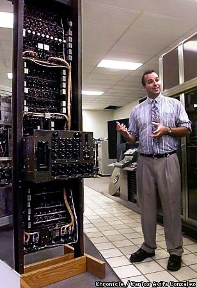 Dag Spicer, with The Computer Museum at Nasa Ames Research Center in Mountain View, talks about the ENIAK computer during a tour of the museum on Wednesday, May 5, 1999. The ENIAK is one of the world's first super computers. (CARLOS AVILA GONZALEZ/SAN FRANCISCO CHRONICLE) Photo: CARLOS AVILA GONZALEZ