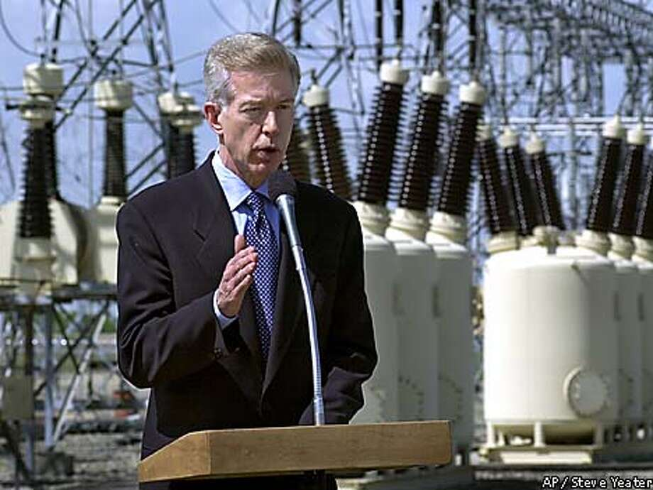 Gov. Gray Davis urged the California Energy Commission to approve construction of the proposed 600-megawatt power plant. Associated Press photo by Steve Yeater