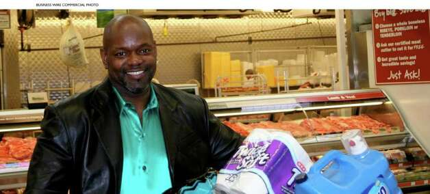 Emmitt Smith Jump Starts `My H-E-B' TV commercial contest with appearance in Super Bowl ad. (Photo: Business Wire) / H-E-B